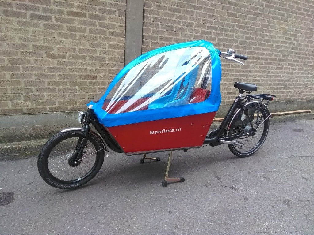 Blue Bakfiets Long | London Green Cycles